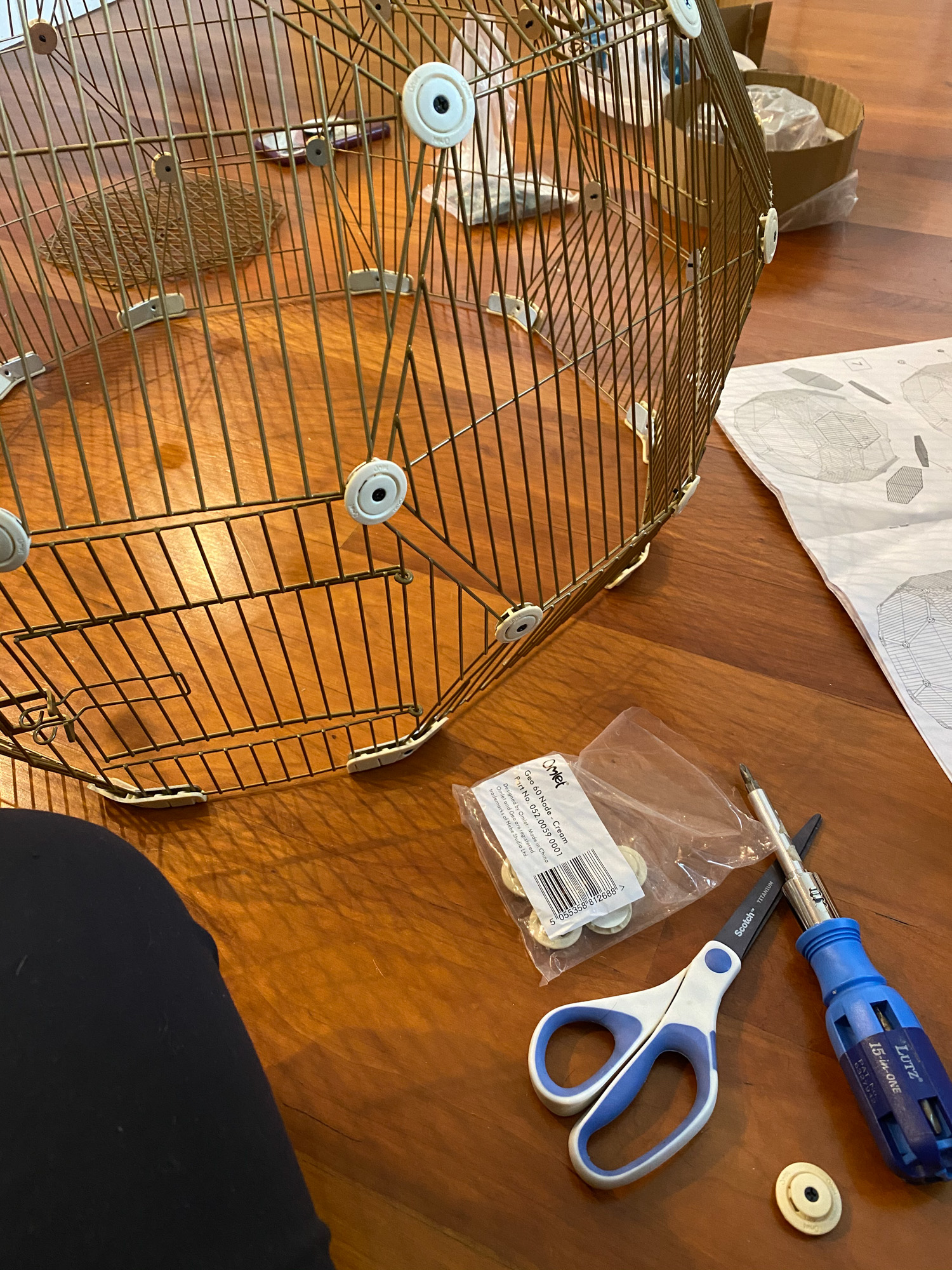 Assembling the Omlet Geo Bird Cage