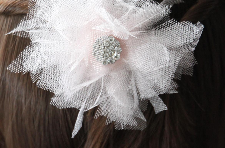 HGTV-MCaughey-bridal flower hair 9