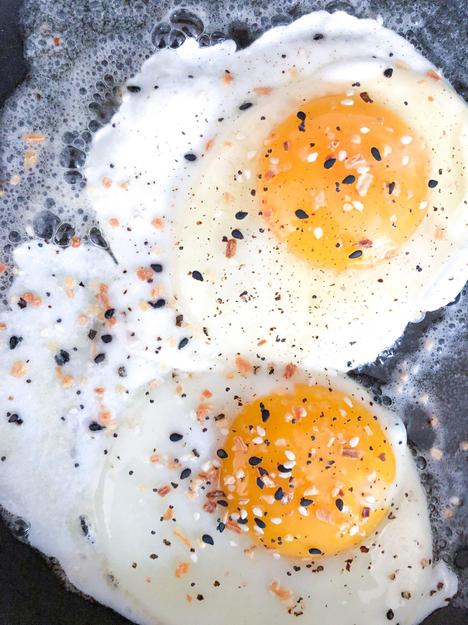 TillysNest- fried eggs