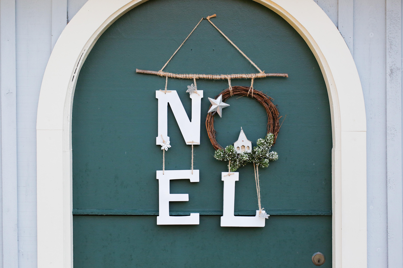original_caughey-melissa-noel-wreath8 lettered wreath