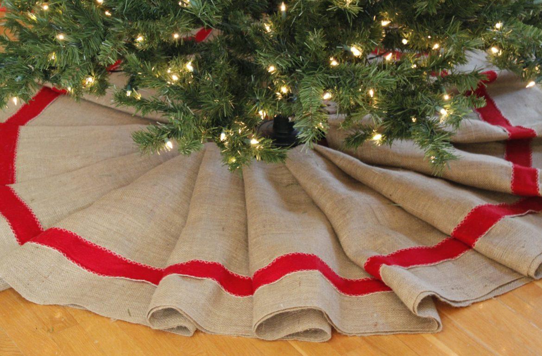Make It: Farmhouse Christmas Tree Skirt