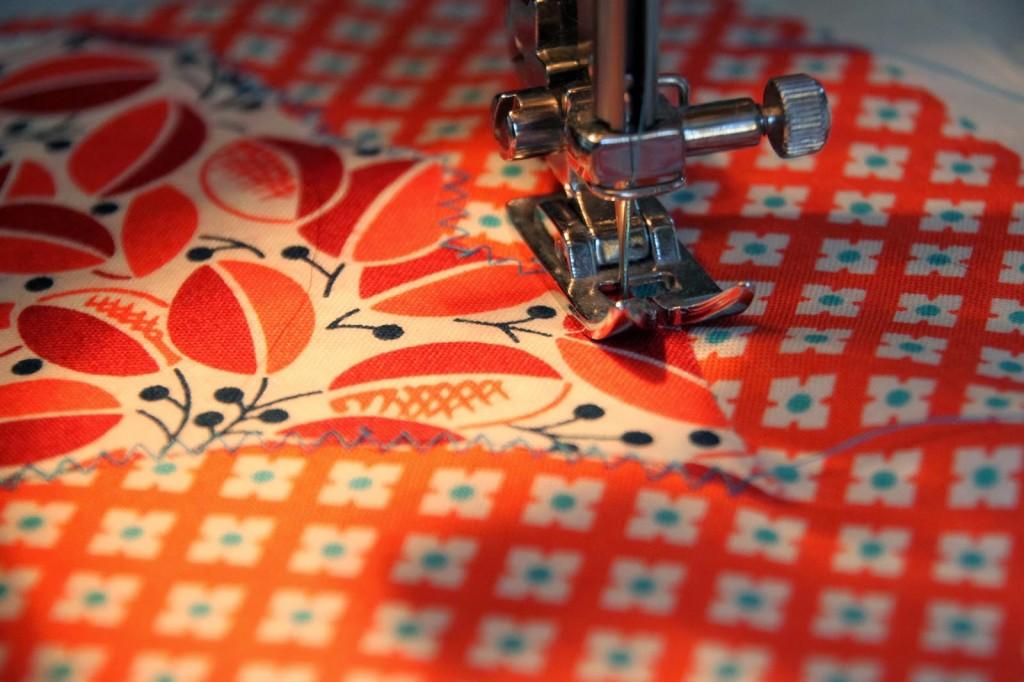 chicken quilt sewing on chickens
