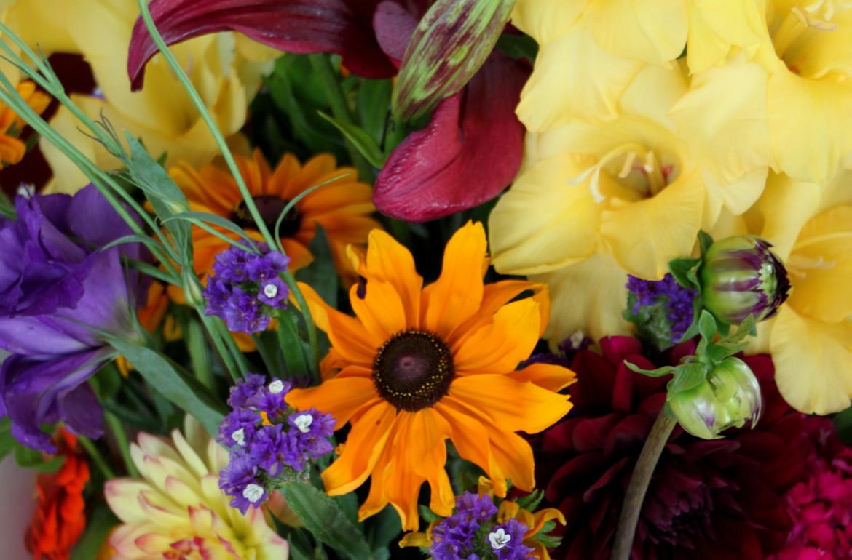 Tillysnest-farmersmarketflowers