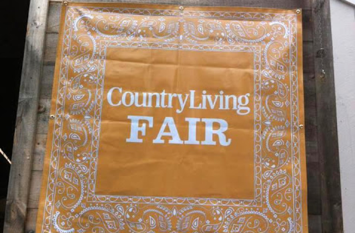 countrylivingsign-001