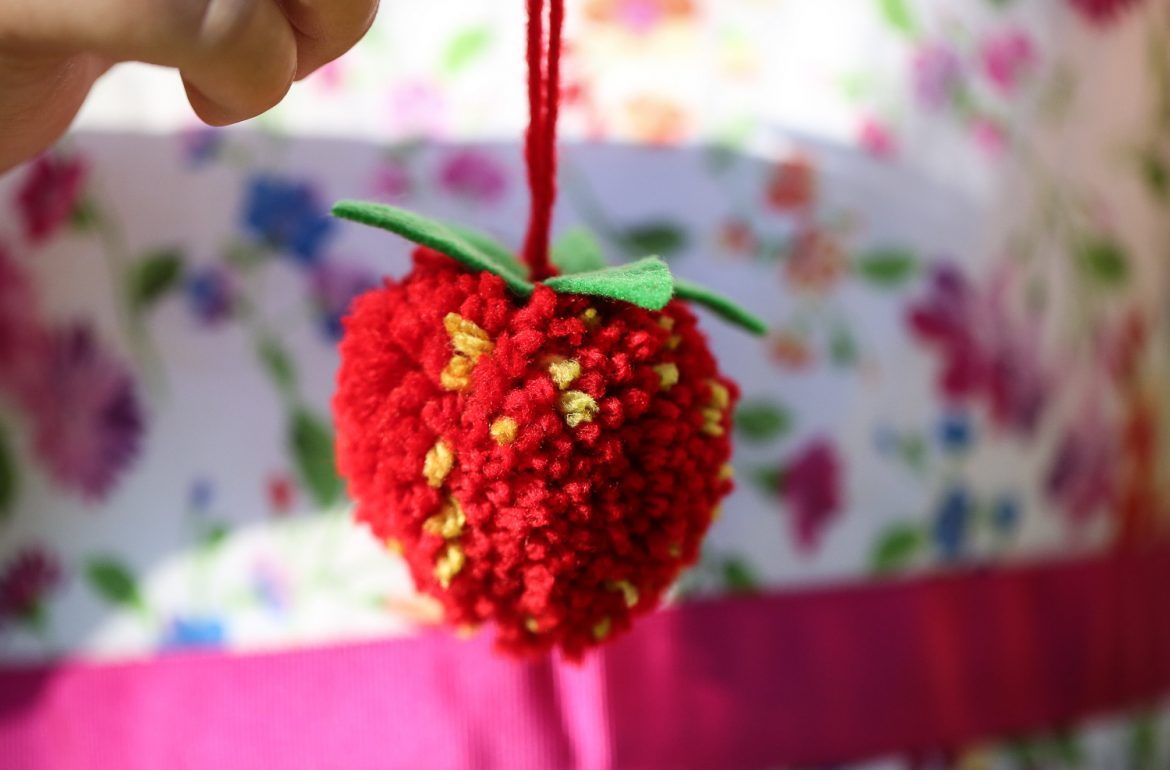 Original_Caughey-MelissaCaughey-strawberry pom pom 11