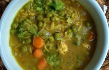 TillysNest-chicken-curry-and-rice-soup